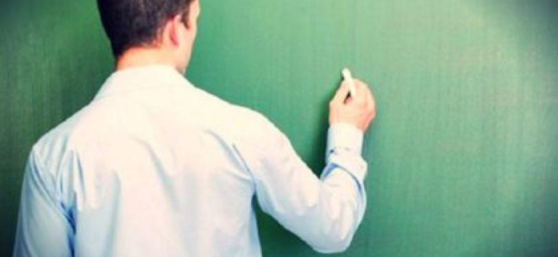 Tempo para ensinar: reflexões em torno do reduzido número de aulas de Sociologia no Ensino Médio.