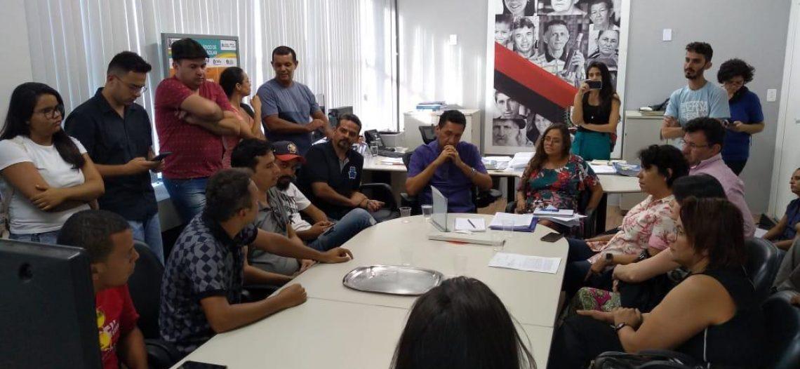 Na Paraíba estudantes e professores mobilizam audiência por aumento de vagas em concurso público